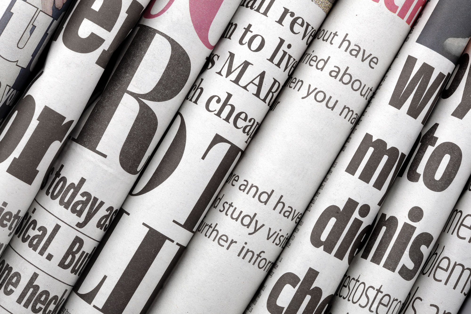 newspaper journalism terms The skills learned on a local or regional newspaper, or through a training scheme, are relevant to reporting in all media and there is more movement from newspapers to other types of journalism than vice versa.